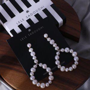 lele sadoughi Natural pearl baroque  earrings